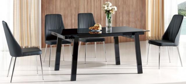 Jídelní stůl Benedikt