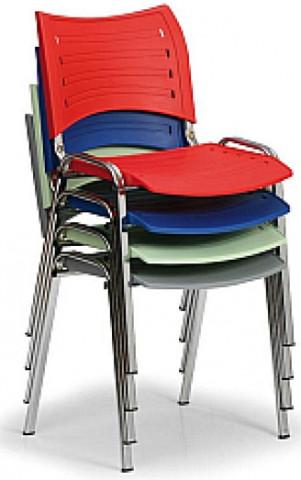 Židle 13 plastová