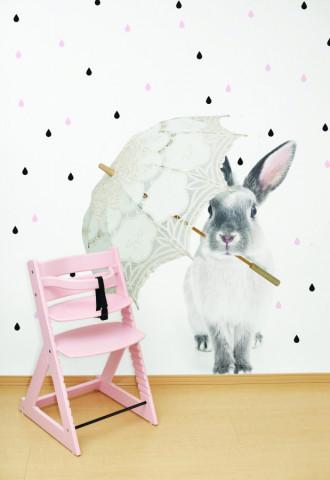 Dekorace na zeď - králík Harry v dešti