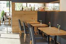 Zařizujete restauraci? Jaké vybrat stoly a židle?