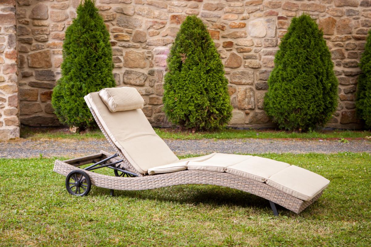 Dimenza Zahradní ratanové lehátko STRASBOURGH s kolečky - šedobéžové