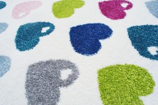 Dětský koberec srdíčka barevný