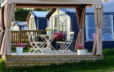 Připravujeme pergoly a balkony na léto