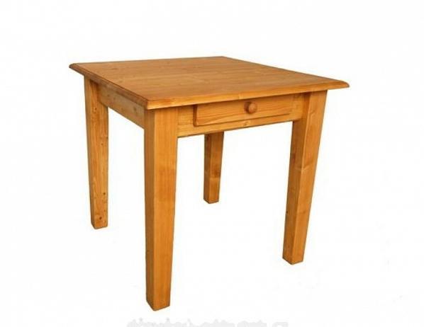 Dřevěný jídelní stůl 00465