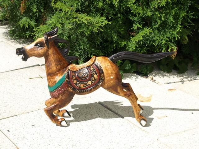 Dřevěný kůň SBT-PPE181